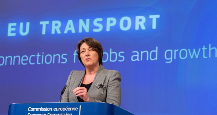 Violeta Bulc at the podium
